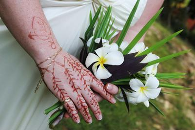 How To Remove Mehndi Color From Hands