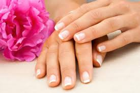 How to keep your Fingernails Healthy and Strong?