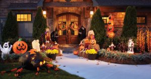 decorate front lawn