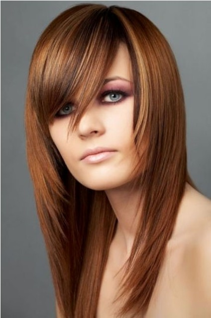 Layered Hairstyles Long With Bangs For Round Faces