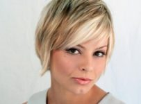 pictures short layered hairstyle