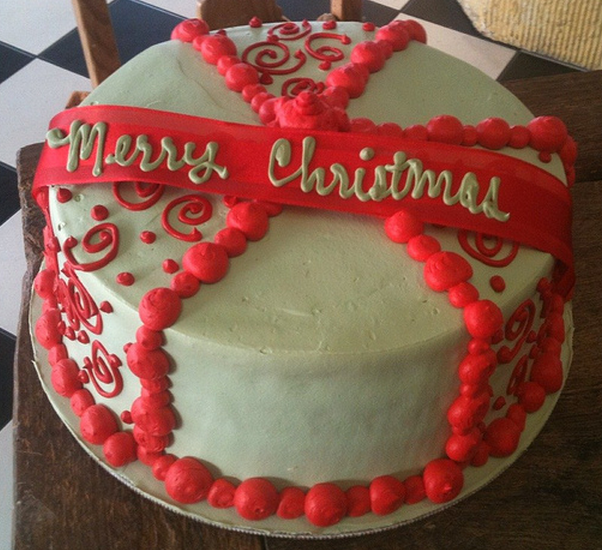 Homemade christmas cake decoration ideas for Decoration ideas for christmas cake