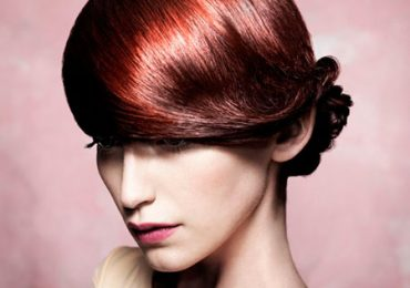 Hairstyles for Christmas Party 2021 For Women