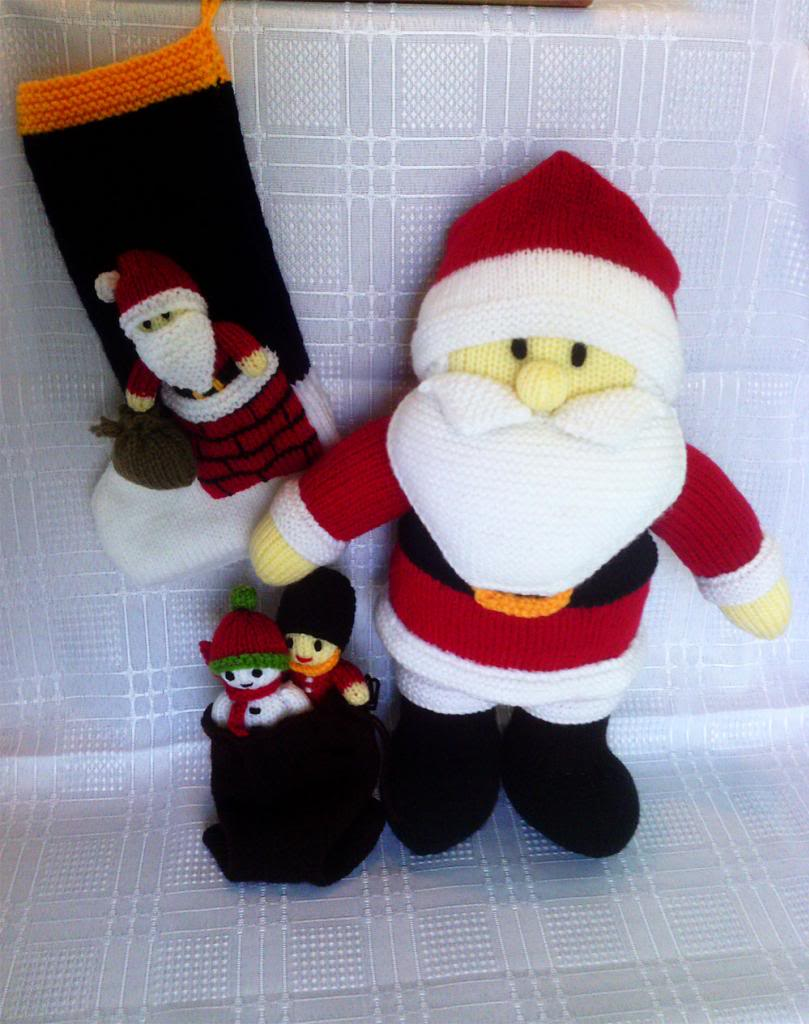 Santa Claus Style Christmas Stocking Knitting Pattern