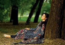 winter collection 2013-14 for women and girls by khaadi