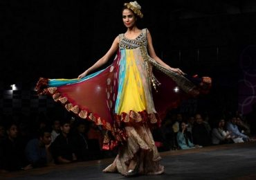 Fashion weeks in Pakistan 2021 and their influence on Fashion Industry