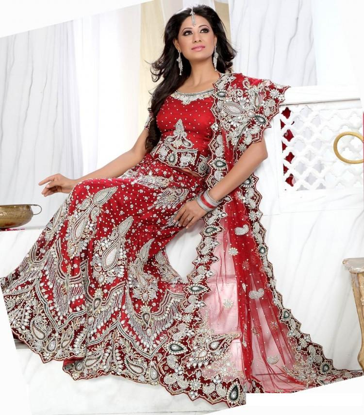 Indian bridal dresses beauty care and tips for Indian wedding dresses online india