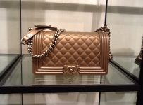 Chanel Makeup Bag fashion trend