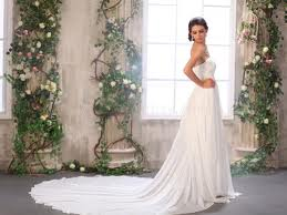 Sheath or Column Wedding Dress