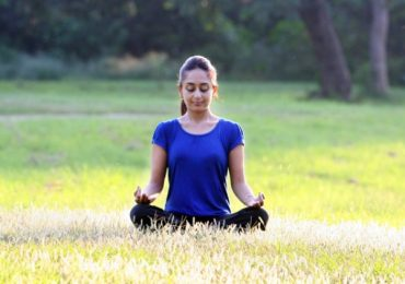 Best Yoga Poses for Glowing Facial Skin