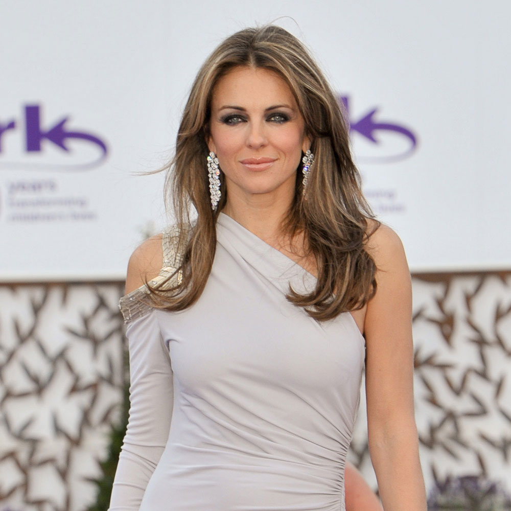 Natural Hair Color Hairstyle Elizabeth Hurley Styloss Com