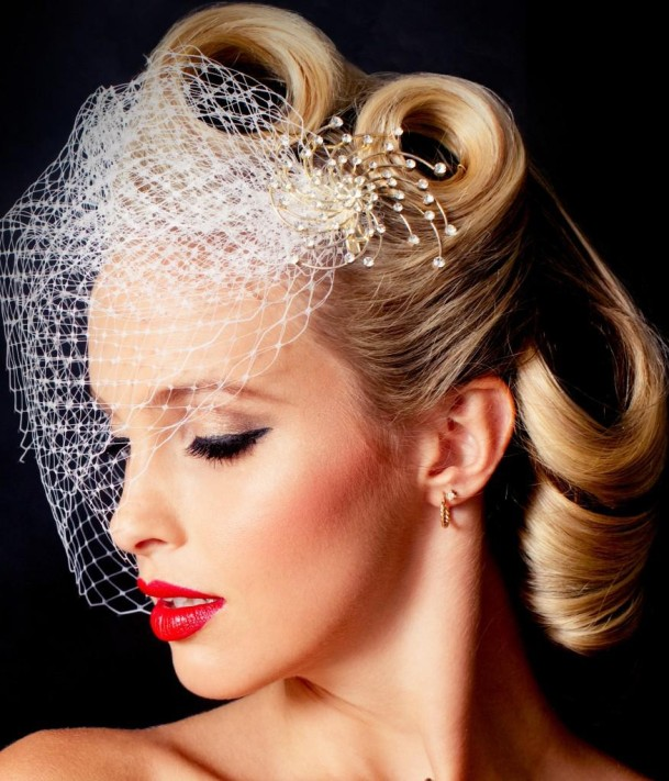 Vintage Wedding Hairstyles with Veils - styloss.com