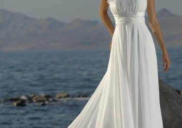 Summer Wedding Outfit for Bride and Groom Modern Trends 2021