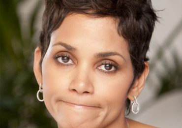 Halle Berry Hair 2021 Haircut Pixie Style Pictures