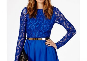 Hairstyles to go With Skater Dresses