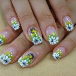 Summer Nail Designs Trend with flower