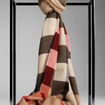 Burberry Scarf with Wool Cashmere