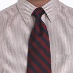 Tie a half windsor knot diagram