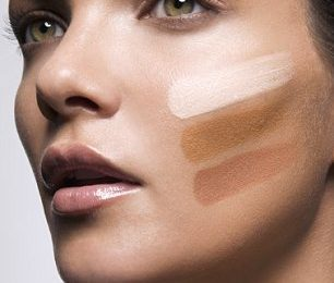 How to Find the Right Foundation Color for Your Skin Tone