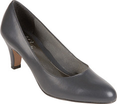Comfortable Dress Shoes for Women on Their Feet All Day Work