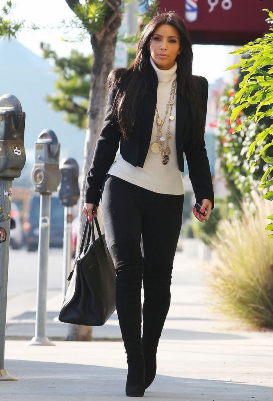 Kim Kardashian Winter Style 2014 Images Galleries With A Bite