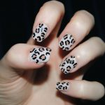easy leopard nails