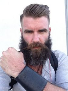Mens Hairstyles with Long Beard