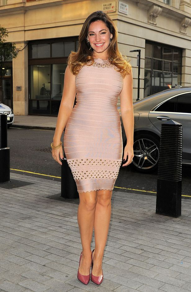 kelly brook style dresses
