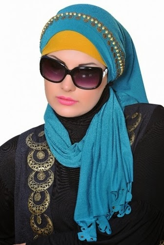 hijab for a round face person