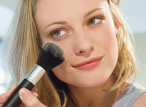 Matte Powder Foundation to Cover Large Pores on Face