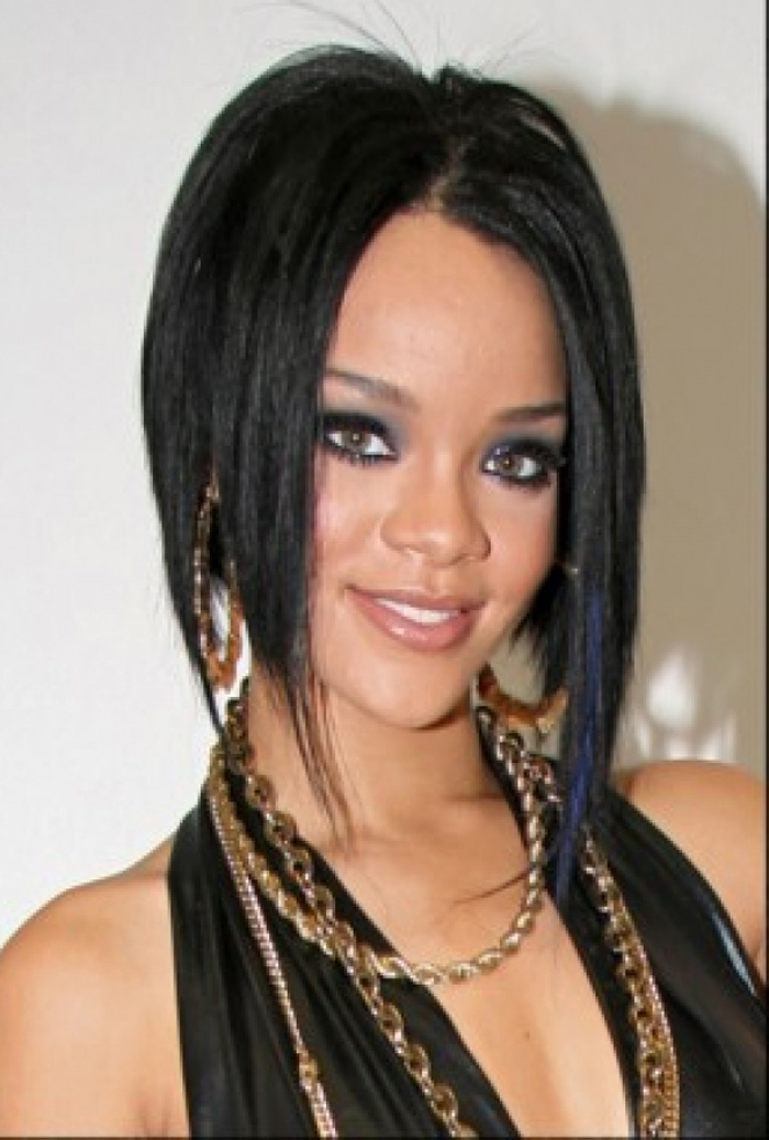 bob hairstyles with side swept bangs