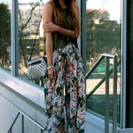 what top to wear with palazzo pants