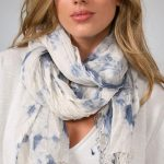 tie square scarf around neck