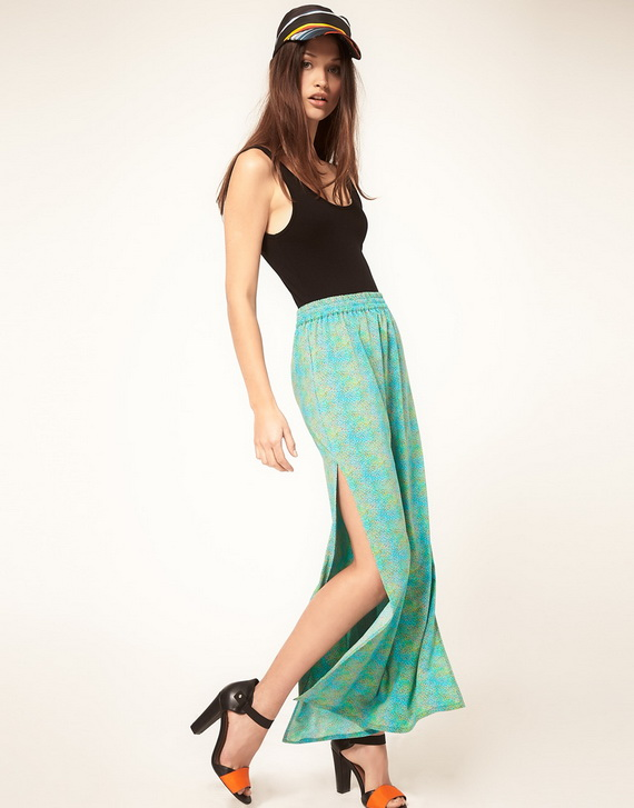 what to wear with a long side split skirt