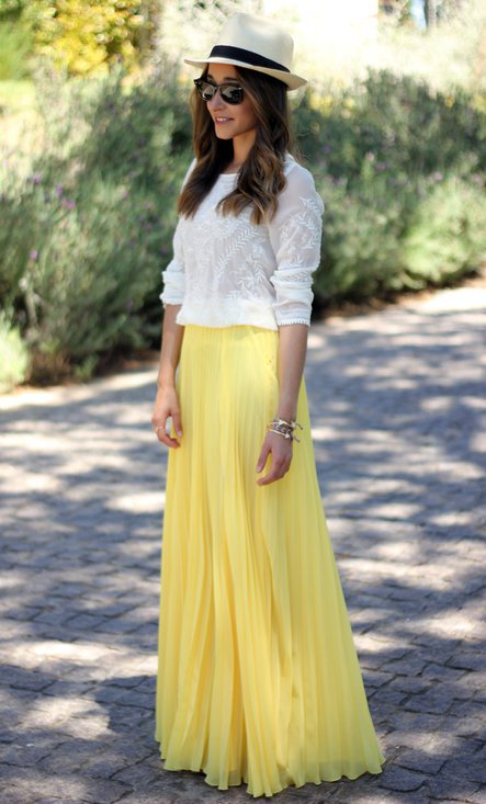 what shirt to wear with a long skirt