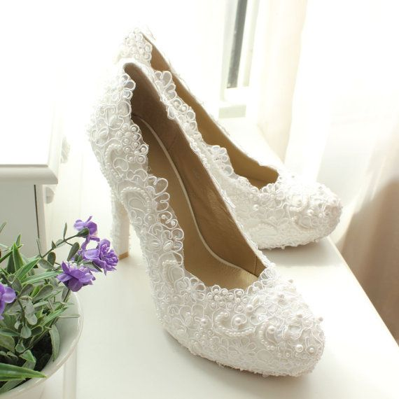 Shoes with Lace Wedding Dress