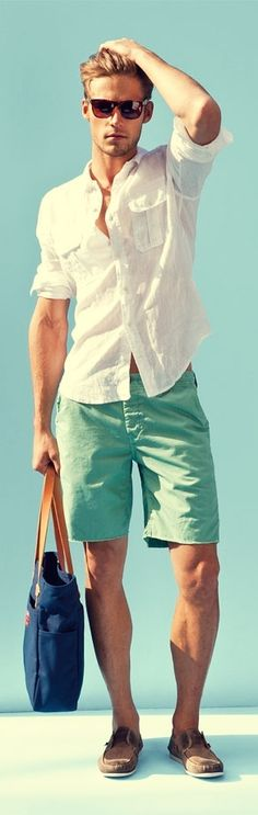 What to Wear with Mint Green Shorts Men? Mint Green Shorts Trend