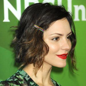 Proper Way to Use Bobby Pins Correctly To Style Short Curly Hair