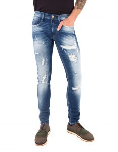 What Kind of Jeans are in Style 2021 for Men