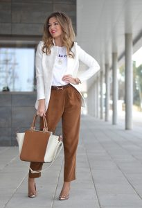 What is Business Casual for Women 2021