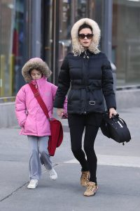 What Clothes to Wear in New York in January 2021? during Winter